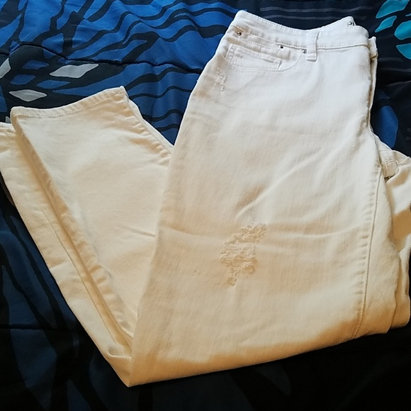 Chico's Pants - 🔥Chico's Platinum white distressed Jeans size .5